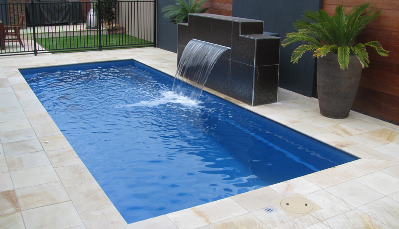 Harmony leisure pools europe for Fibreglass swimming pool prices